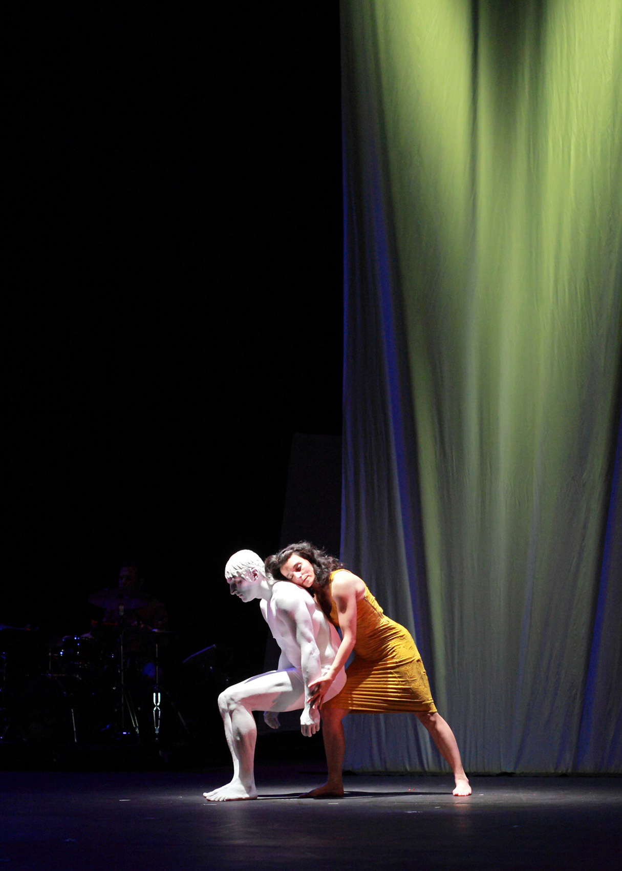 "08.Photo du spectacle - ""L'atelier du peintre"" Henri Brauner, Cirque Plume 2011"