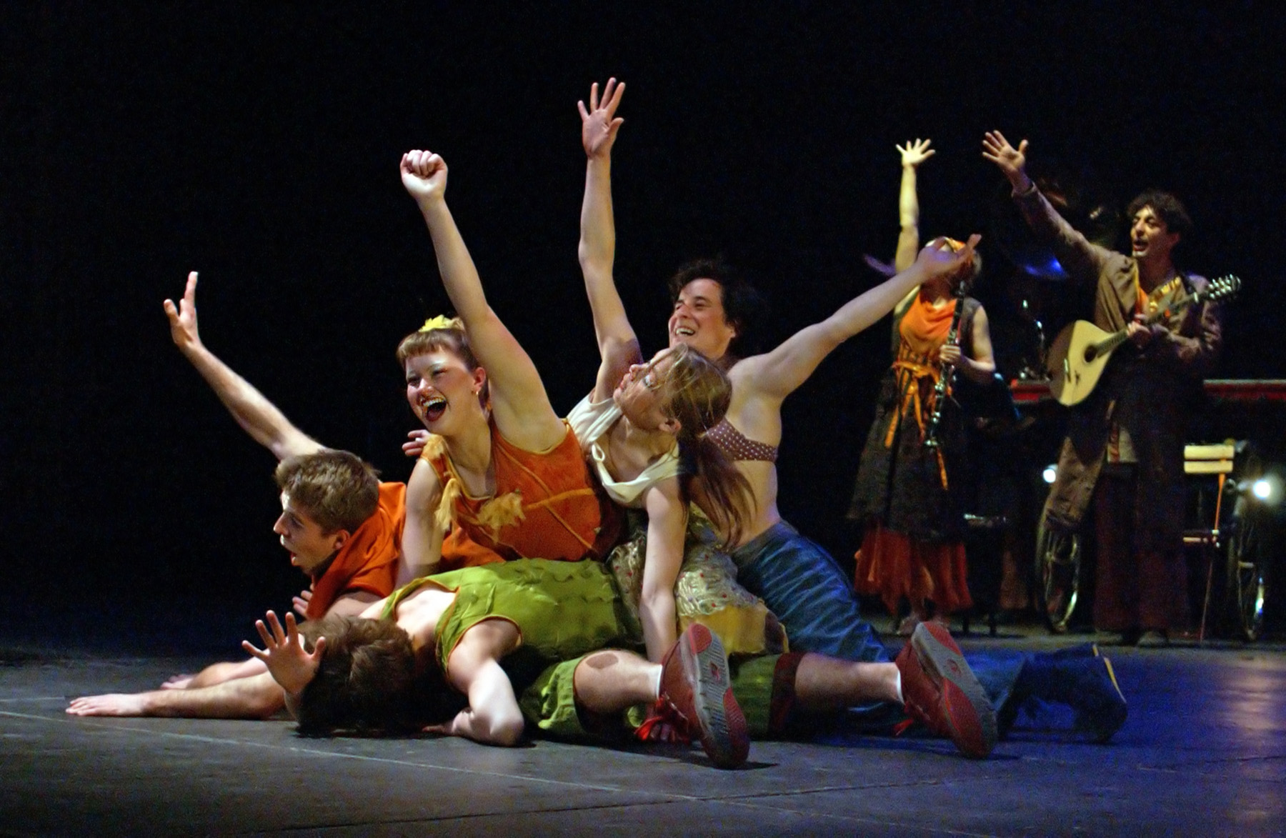 "03.Photo du spectacle - ""Plic Ploc"" Jacques Peeters, Cirque Plume 2004"