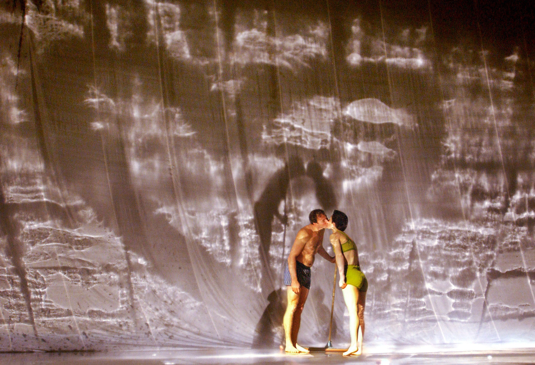 "14.Photo du spectacle - ""Plic Ploc"" Jacques Peeters, Cirque Plume 2004"