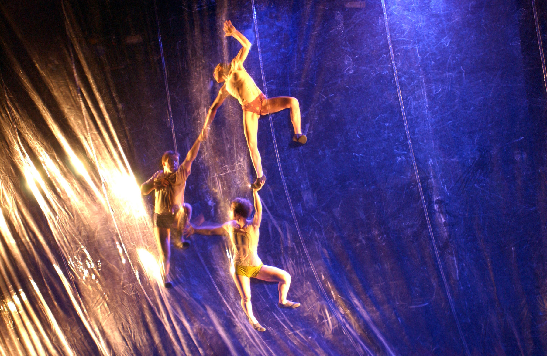 "26.Photo du spectacle - ""Plic Ploc"" Jacques Peeters, Cirque Plume 2004"