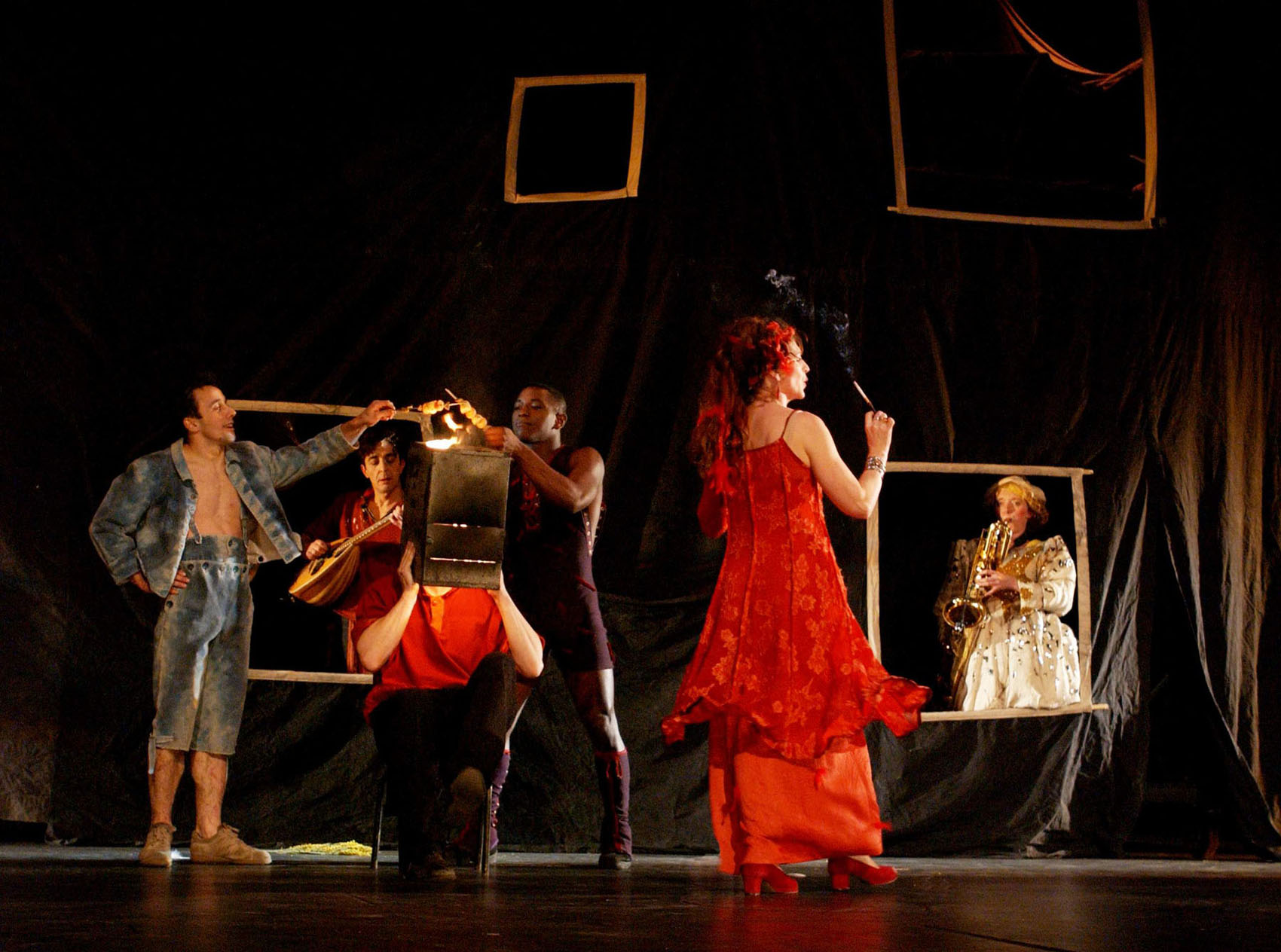 "10.Photo du spectacle - ""Récréation"" Jacques Peeters, Cirque Plume 2002"