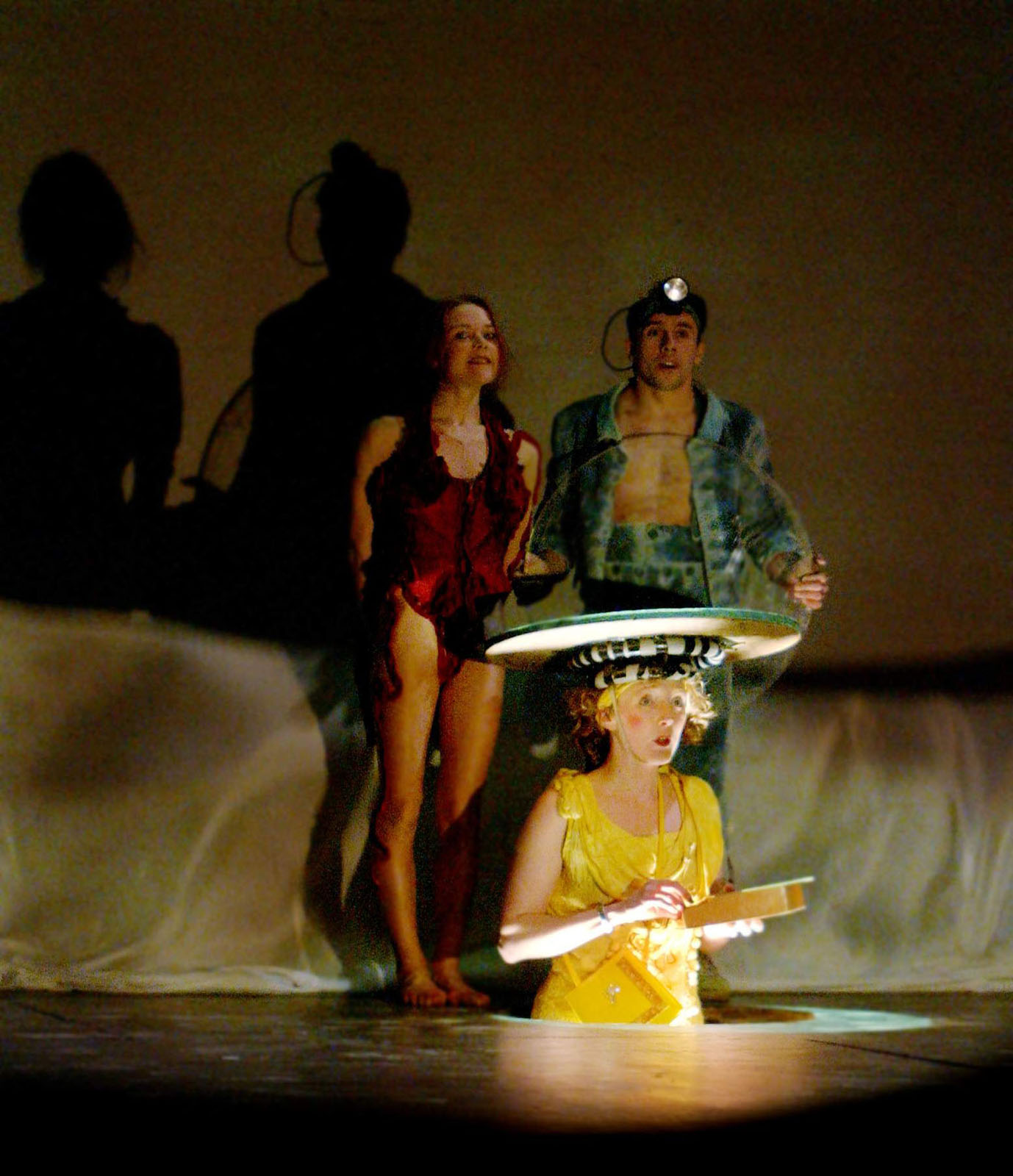 "01.Photo du spectacle - ""Récréation"" Jacques Peeters, Cirque Plume 2002"